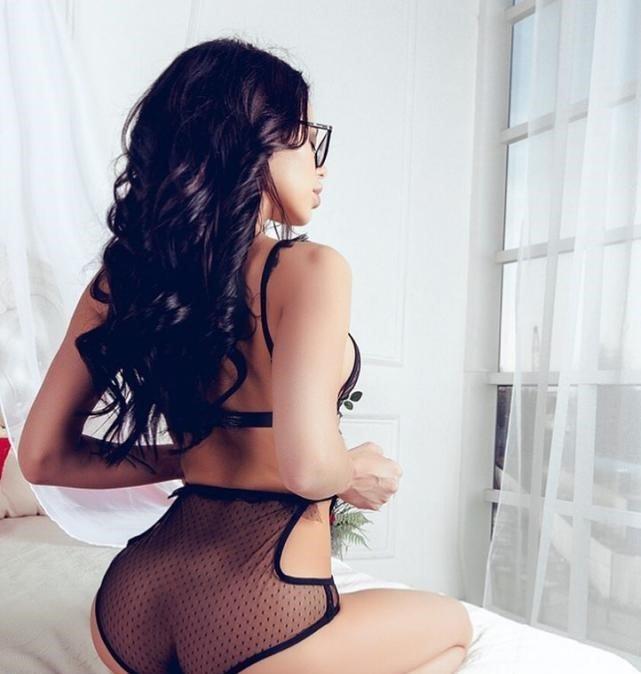 Проститутка Малютка